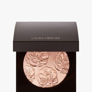 BNIB LE Laura Mercier Affection Face Illuminator!!
